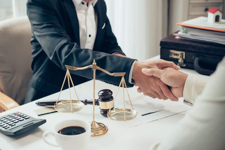 4 Qualities of a Good Personal Injury Lawyer